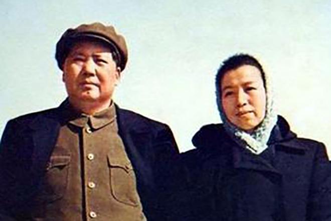 Мао Цзедун с женой