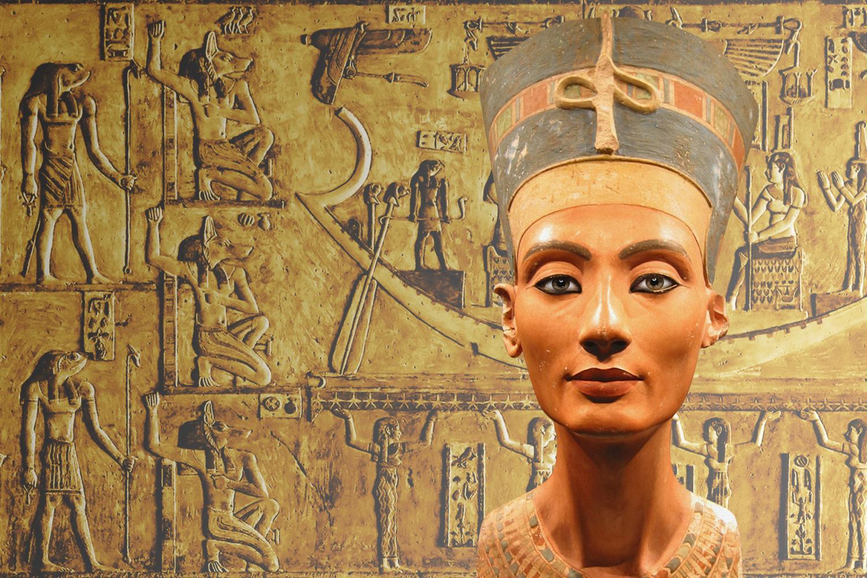 Статуя Клеопатры