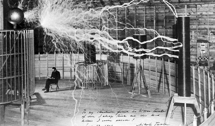 Электричество во время экспериментов Николы Тесла