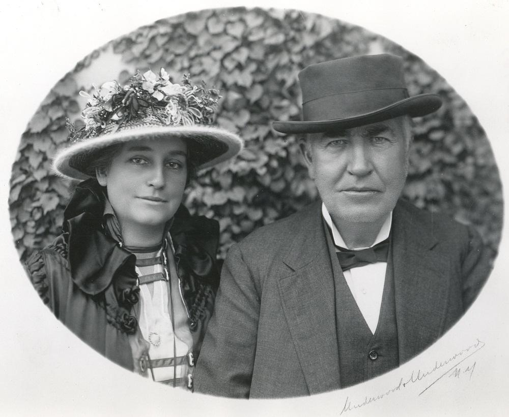 Эдисон с Женой